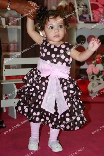 Vestido rosa e marrom para festa infantil