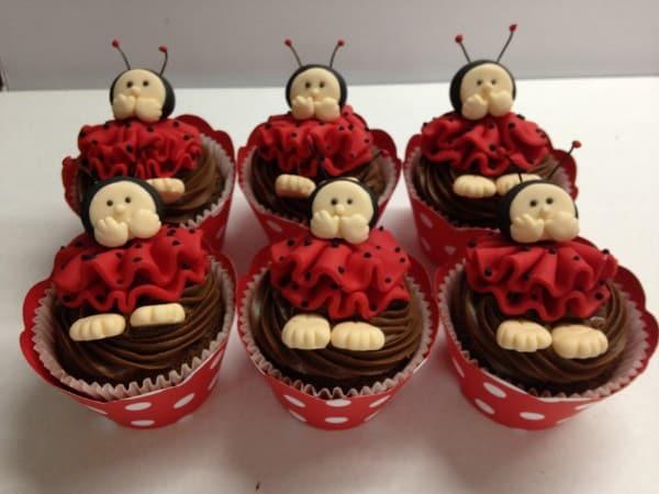 joaninha-cupcake