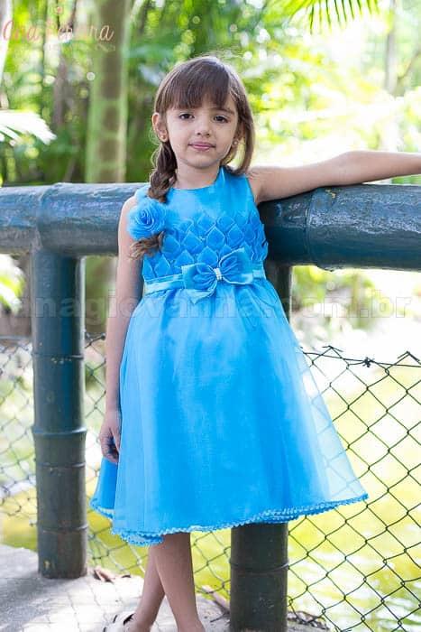 Vestido infantil para festa azul
