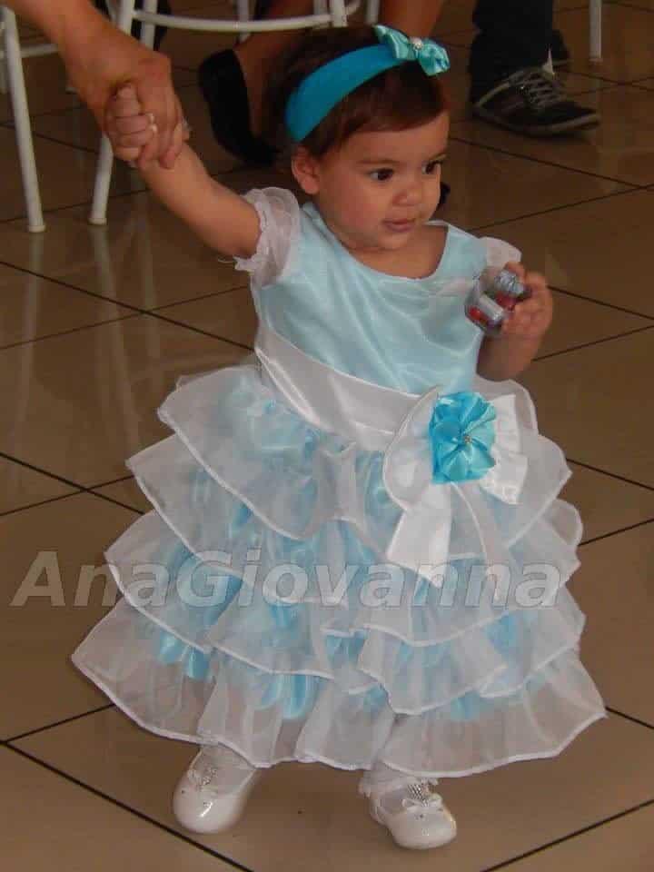 4 Vestidos de Festa Infantil Ana Giovanna