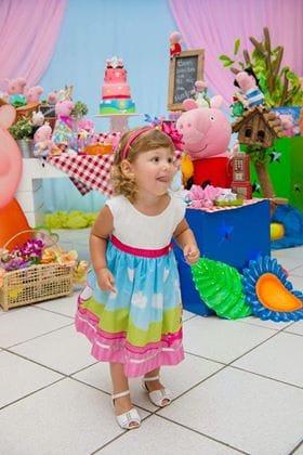 0005 Elas vestem vestidos infantil de festa Ana Giovanna