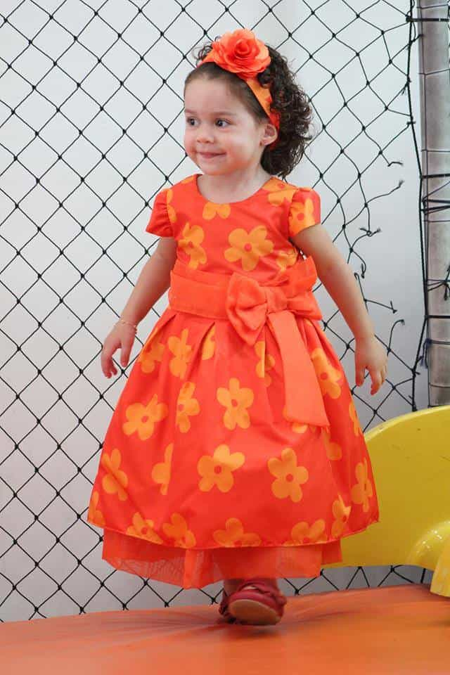 10309140 228801947326521 6821037785482840712 n Elas vestem vestidos infantil de festa Ana Giovanna
