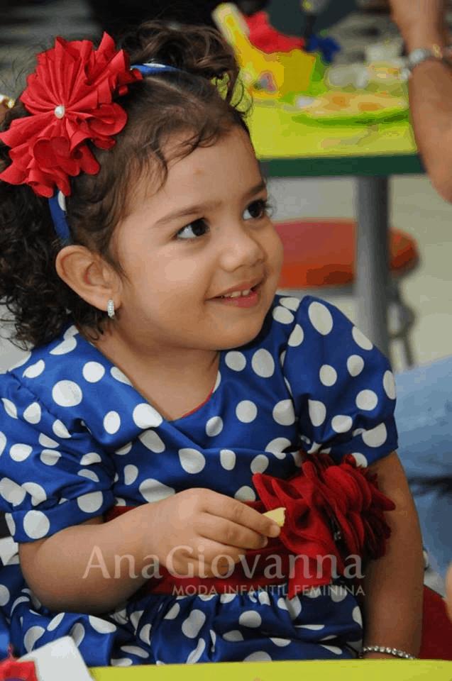 109 Elas vestem vestidos infantil de festa Ana Giovanna