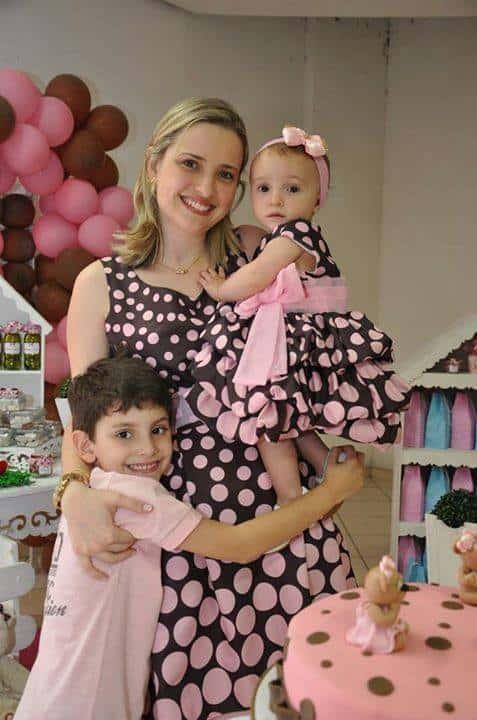 11100665 860075040695268 368089907340306513 n1 Elas vestem vestidos infantil de festa Ana Giovanna