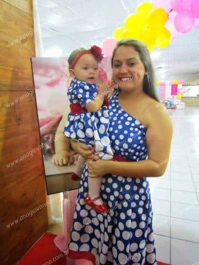 11707493 894631333906305 390648169342204794 n Elas vestem vestidos infantil de festa Ana Giovanna