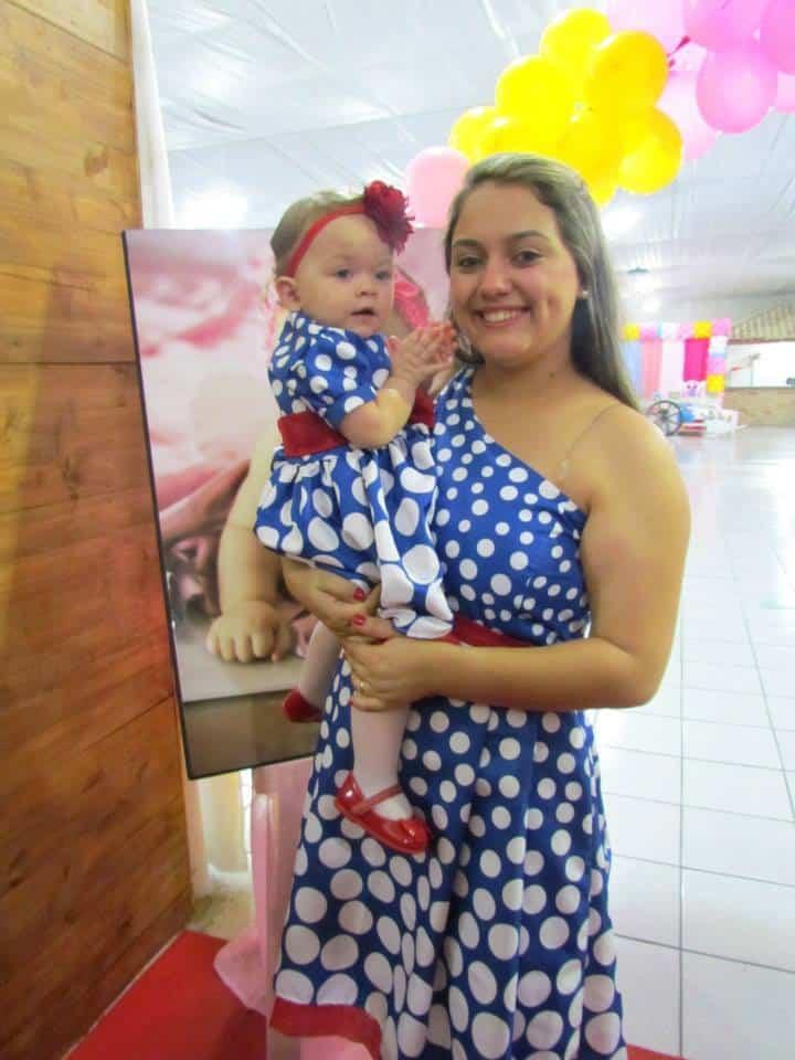 1488282 185325531674163 1609432668 n Elas vestem vestidos infantil de festa Ana Giovanna