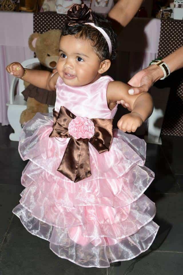 1525469 185325801674136 818281134 n Elas vestem vestidos infantil de festa Ana Giovanna
