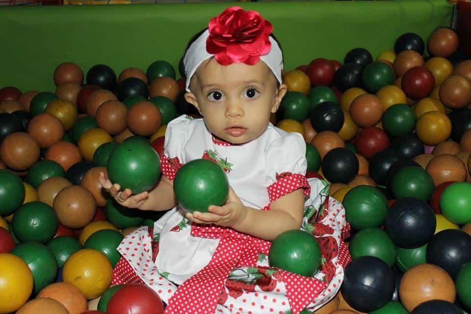 1526574 185326495007400 16726833 n Elas vestem vestidos infantil de festa Ana Giovanna