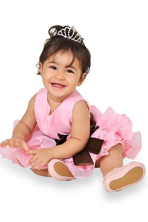 1532038 185324341674282 2109200600 n Elas vestem vestidos infantil de festa Ana Giovanna