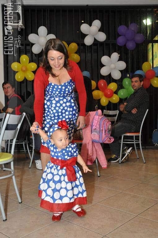 1560450 185327525007297 2018053463 n Elas vestem vestidos infantil de festa Ana Giovanna
