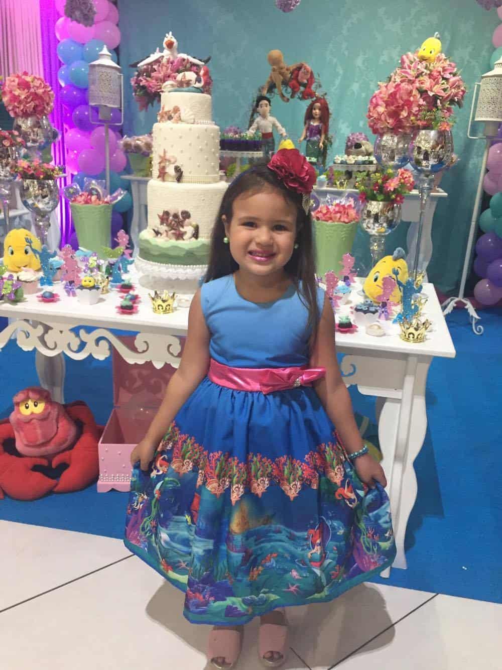 17268975 965366343598037 1518310257 o Elas vestem vestidos infantil de festa Ana Giovanna