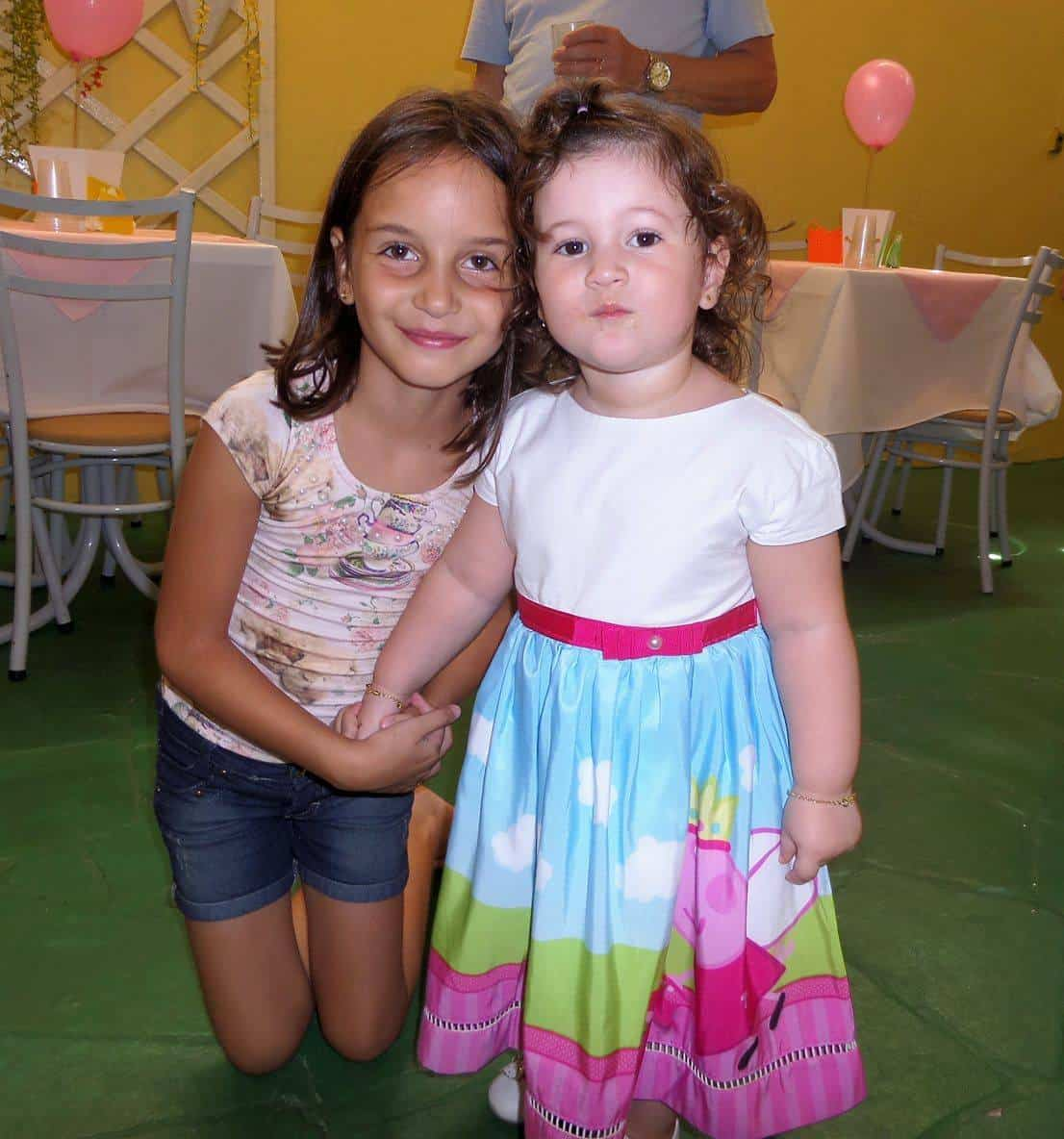 17453720 1226775720775534 109269157 o Elas vestem vestidos infantil de festa Ana Giovanna