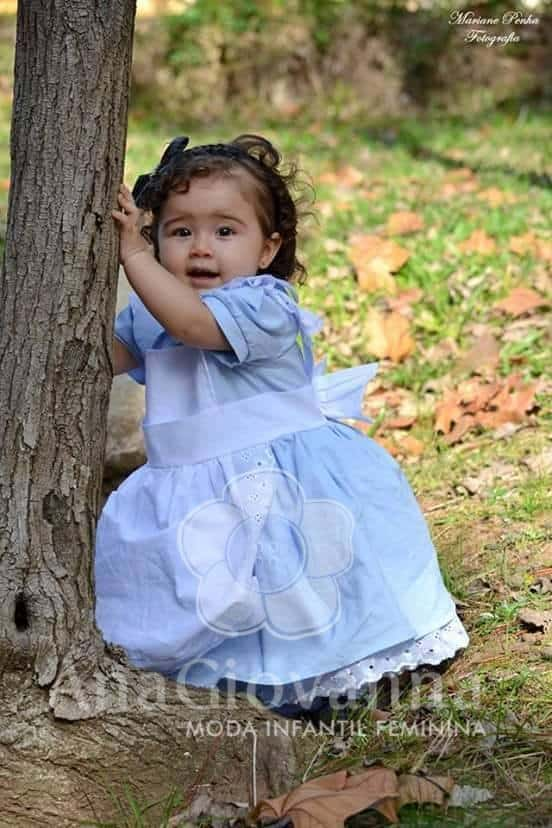 30 Elas vestem vestidos infantil de festa Ana Giovanna