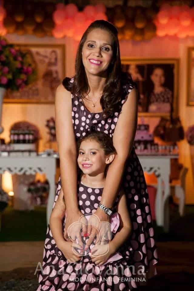 32 Elas vestem vestidos infantil de festa Ana Giovanna