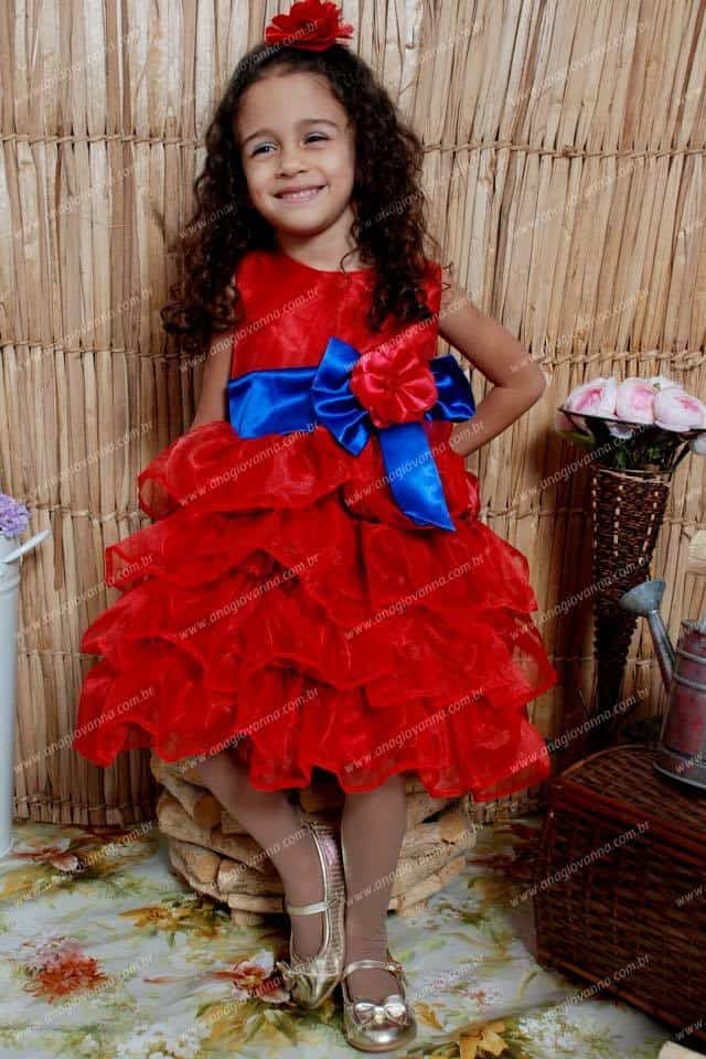 44 Elas vestem vestidos infantil de festa Ana Giovanna
