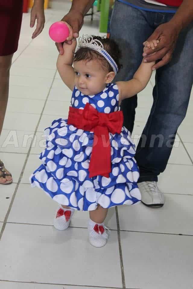 52 Elas vestem vestidos infantil de festa Ana Giovanna