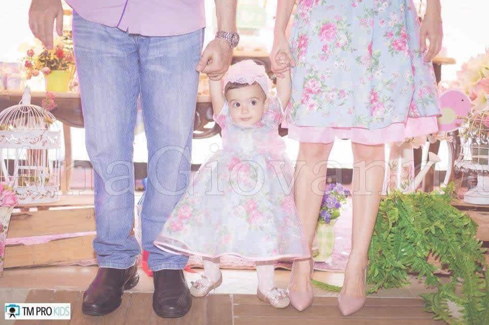 64 Elas vestem vestidos infantil de festa Ana Giovanna