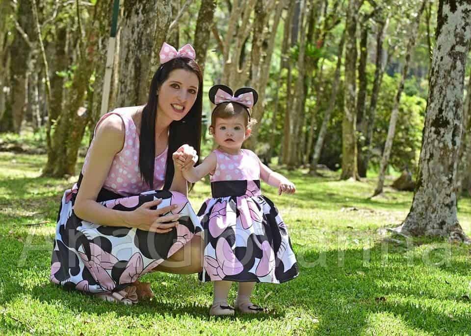 96 Elas vestem vestidos infantil de festa Ana Giovanna