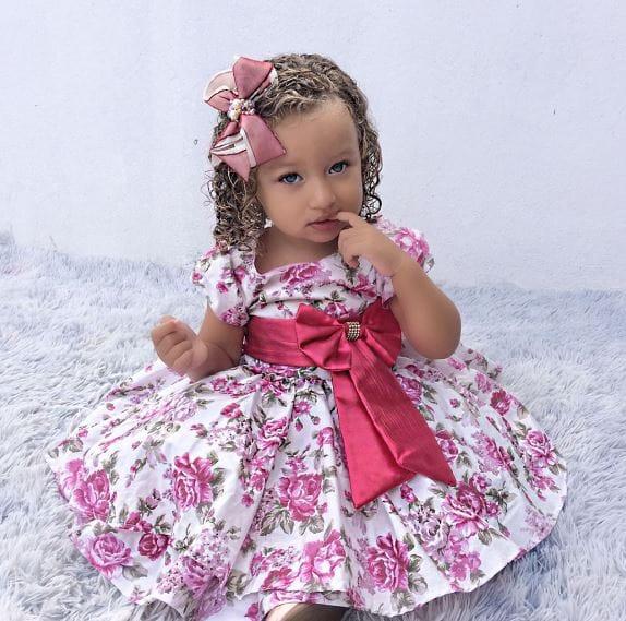 998 Elas vestem vestidos infantil de festa Ana Giovanna