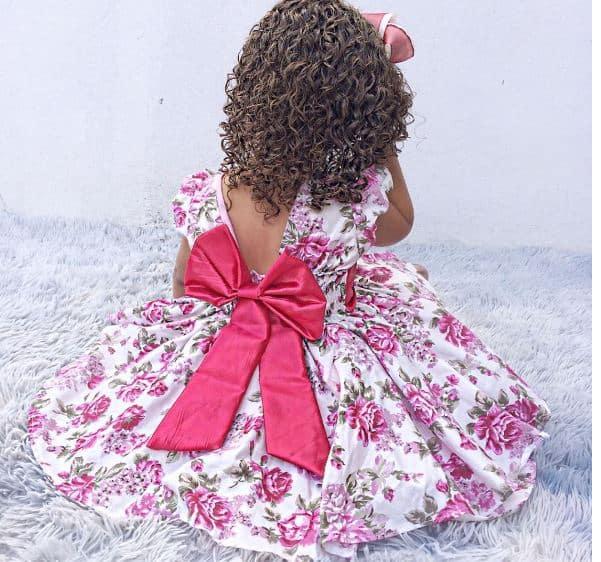 9981 Elas vestem vestidos infantil de festa Ana Giovanna