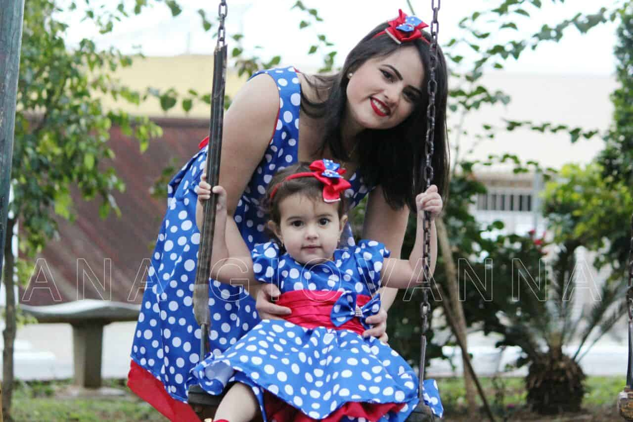 EDITADO1 Elas vestem vestidos infantil de festa Ana Giovanna