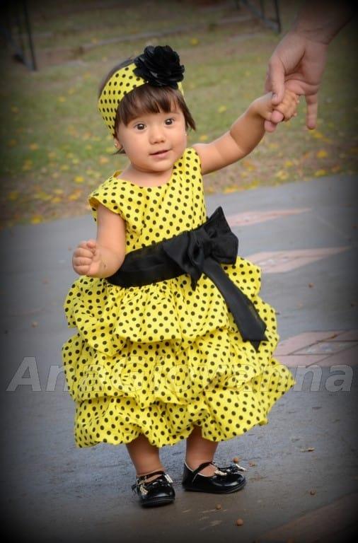 vestido abelhinha Elas vestem vestidos infantil de festa Ana Giovanna