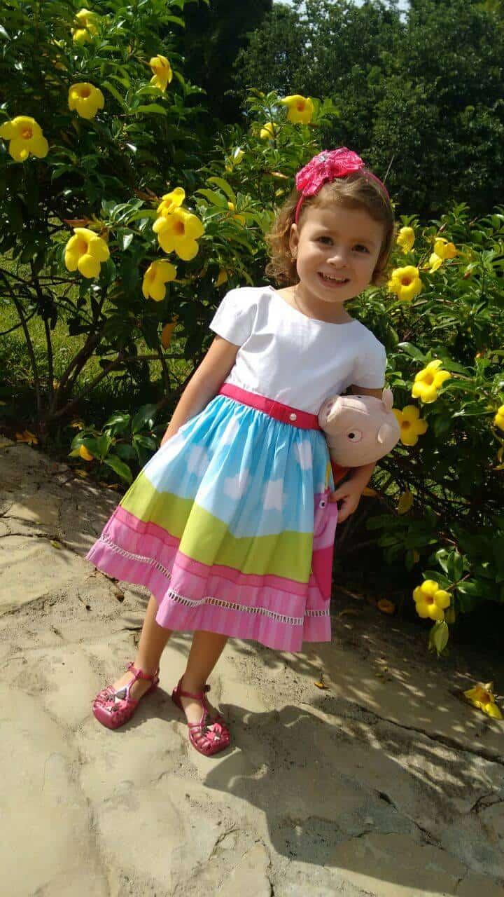 vestido de luxo peppa1 Elas vestem vestidos infantil de festa Ana Giovanna
