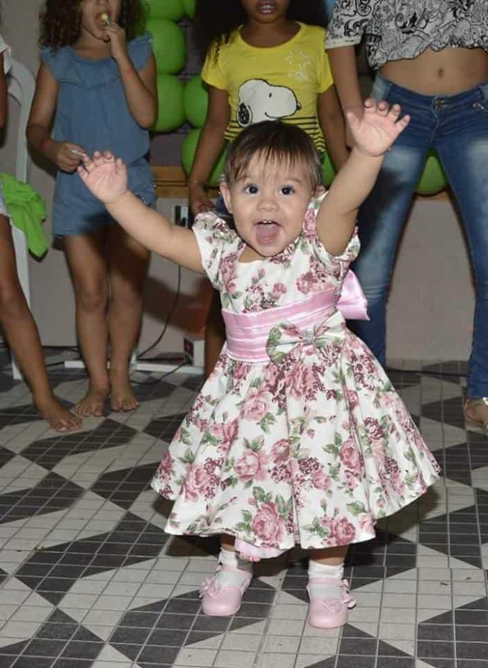 vestido floral rosa Elas vestem vestidos infantil de festa Ana Giovanna