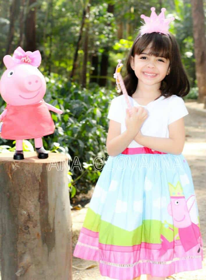 vestido peppa pig luxo Elas vestem vestidos infantil de festa Ana Giovanna
