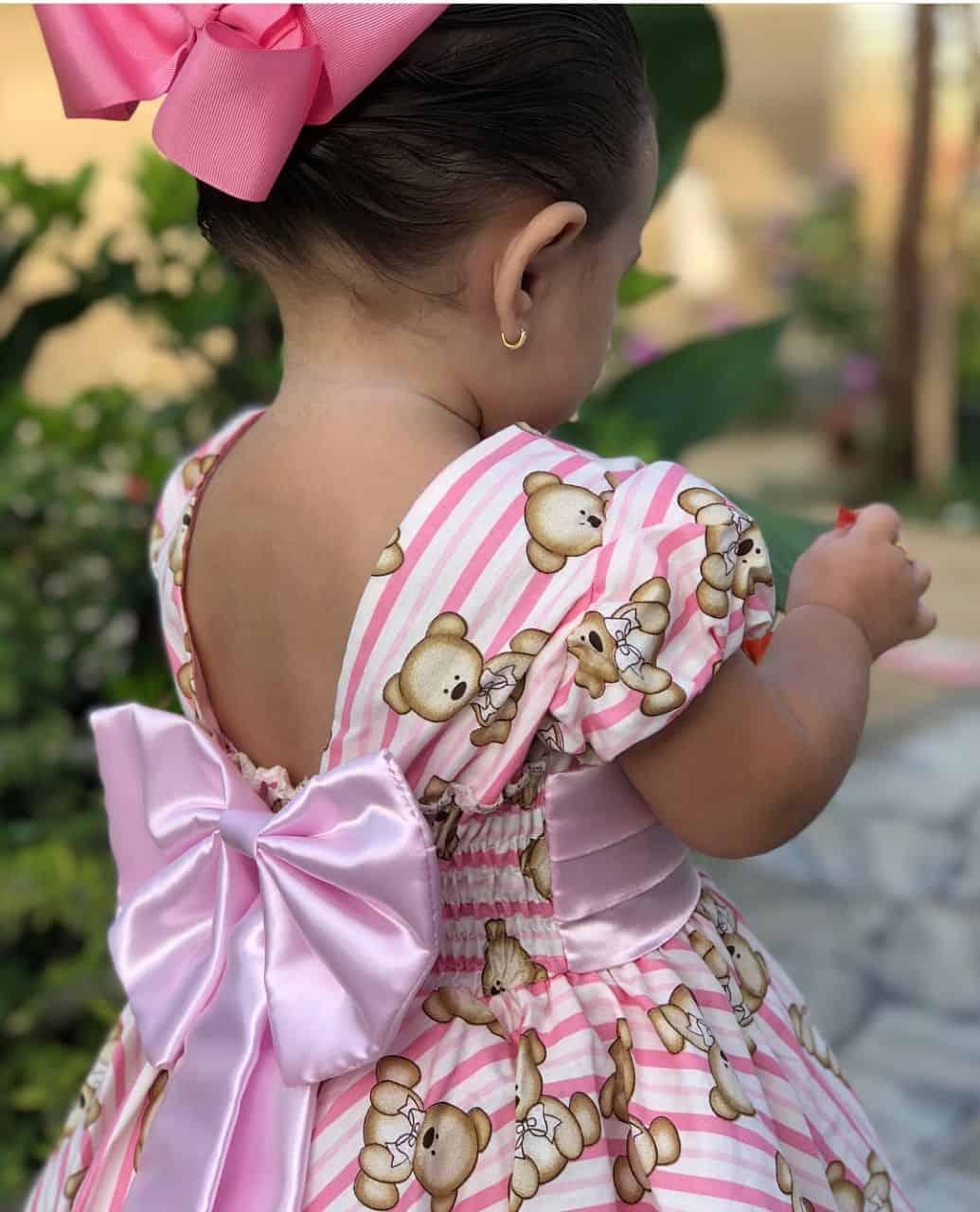 vestido infantil com estampa de ursinhos