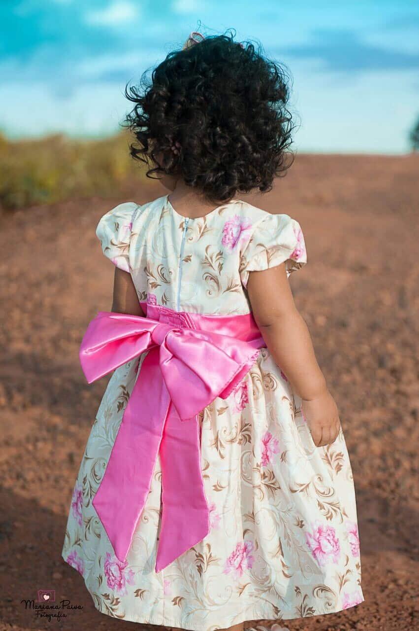 Vestido Floral com Rosa