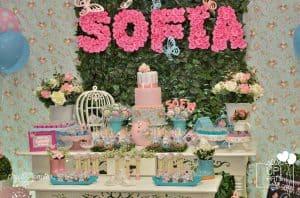 20 ideias para Festa Jardim Encantado, Letras de flores