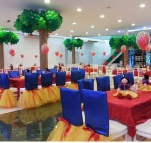 decoração,branca,de,neve,mesas,convidados