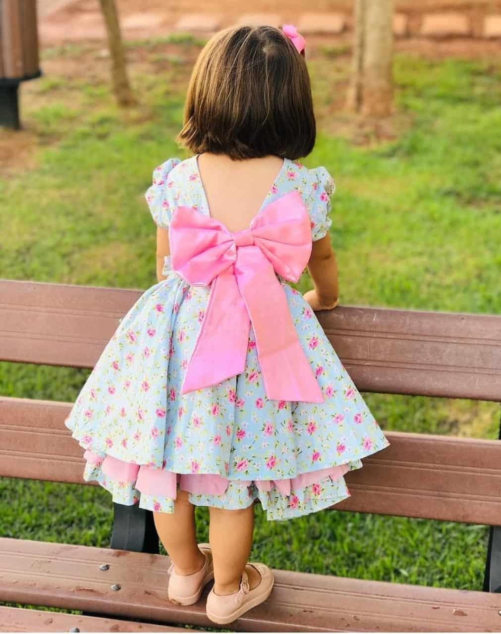 Vestido de festa infantil estilo princesa